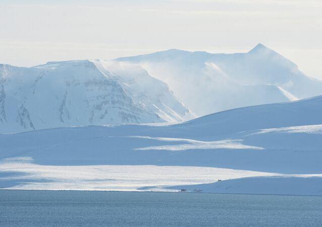 Rusia abrirá base científica en el Ártico para monitorear el clima y ecología de la zona