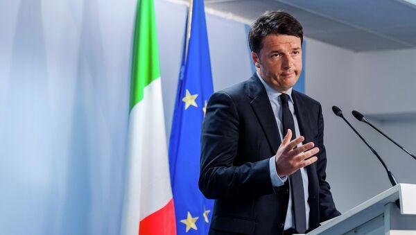 El primer ministro de Italia Matteo Renzi - Sputnik Mundo