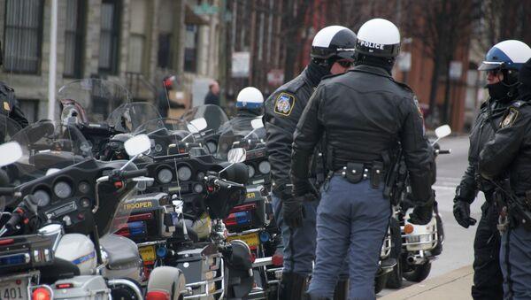 Officers gearing up for Barrack Obama's motorcade - Sputnik Mundo