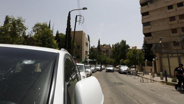 El EI captura el último puesto fronterizo entre Siria e Irak controlado por Damasco - Sputnik Mundo