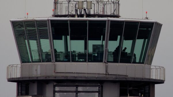 Torre de control de un aeropuerto - Sputnik Mundo