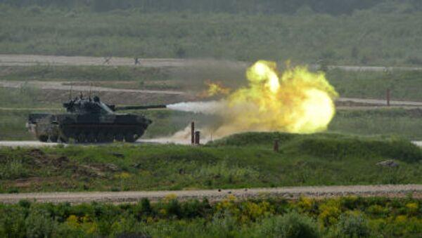 Самоходная артиллерийская установка с противотанковой пушкой Спрут-СД во время показа техники в Московской области - Sputnik Mundo