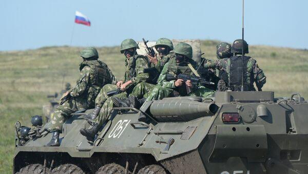 Soldados rusos participan en ejercicios antiterroristas Ruso-Chinos, 2013 - Sputnik Mundo