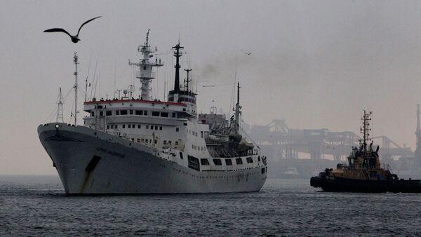 El buque ruso de investigación oceanográfica Almirante Vladímirski - Sputnik Mundo