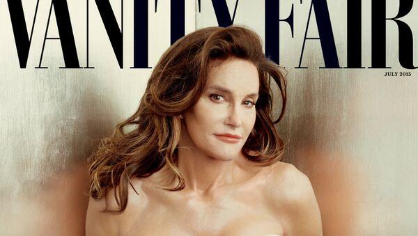 Llámenme Caitlyn, reza la portada de la nueva edición de la revista Vanity Fair en la que se mostró al mundo Caitlyn Jenner - Sputnik Mundo