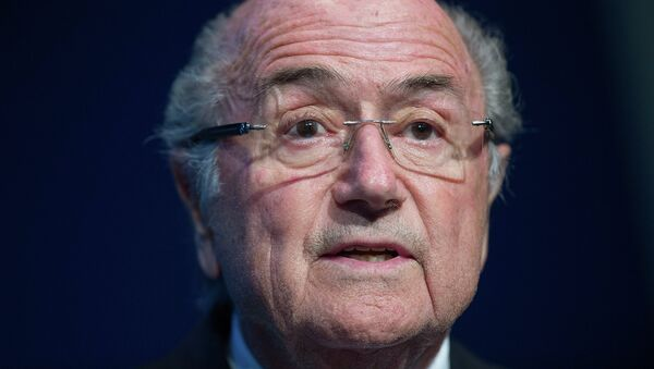 FIFA President Sepp Blatter speaks during a press conference at the headquarters of the world's football governing body in Zurich on June 2, 2015. - Sputnik Mundo