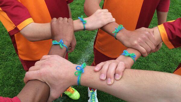 Participantes del programa social para los niños Fútbol para la amistad - Sputnik Mundo