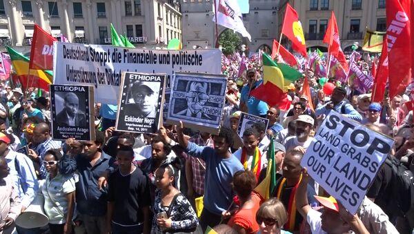 Múnich protesta contra la cumbre del G7 - Sputnik Mundo