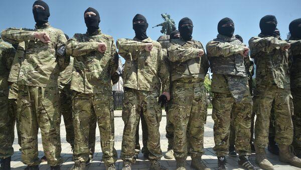 Miembros del Batallón Azov (archivo) - Sputnik Mundo