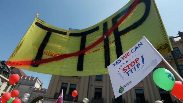 Manifestación contra TTIP - Sputnik Mundo