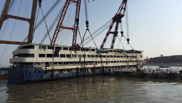 Supera 400 el número de muertos en el naufragio en el río Yangtsé - Sputnik Mundo