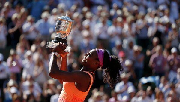 Serena Williams ha ganado el torneo de tenis Abierto de Francia en el estadio de Roland Garros en París - Sputnik Mundo