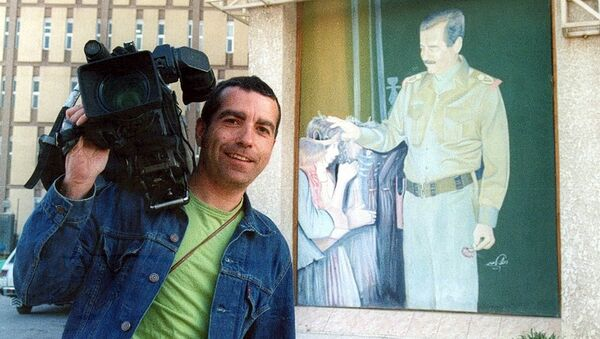 An undated handout of Spanish news cameraman Jose Couso who was killed in Baghdad, 08 April 2003 - Sputnik Mundo