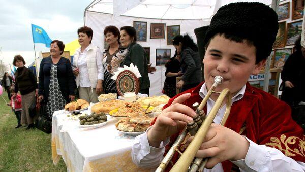 Tártaros de Crimea - Sputnik Mundo