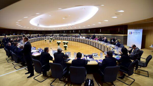 Comercio y migraciones, prioridades de la CELAC en su encuentro con la UE - Sputnik Mundo