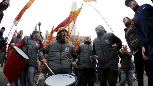 Protesta sindical en Argentina sin consecuencias electorales, opina analista - Sputnik Mundo