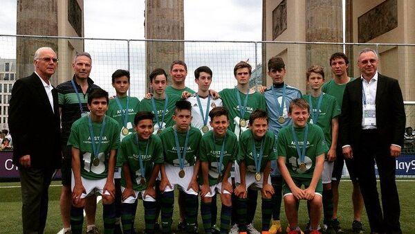 Ganadores del Tercer Foro Internacional para los Niños Fútbol para la amistad, FC Rapid (Austria) - Sputnik Mundo