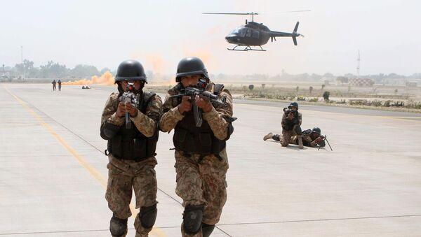 Soldados de las FFAA de Pakistán (archivo) - Sputnik Mundo