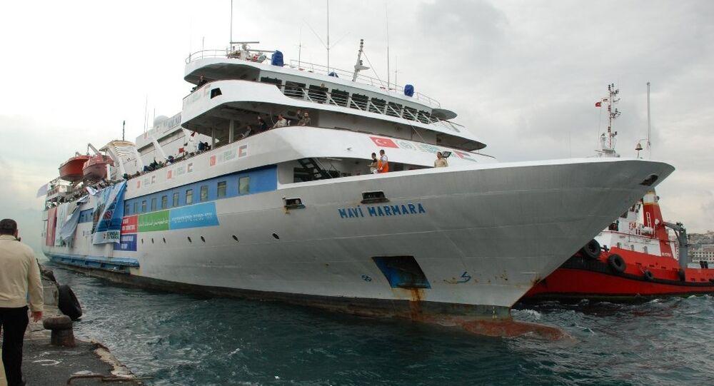 La nave Mavi Marmara saliendo del puerto de Turquía, 2010