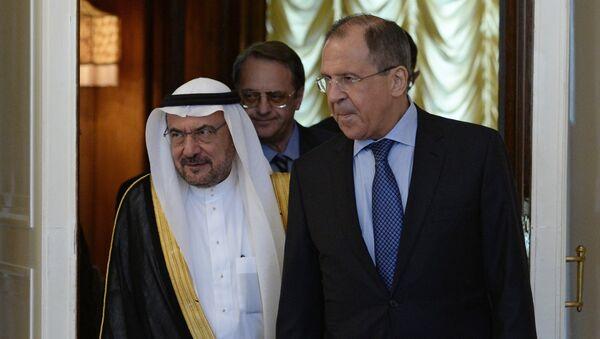 Iyad Amin Madani y Serguéi Lavrov en Moscú - Sputnik Mundo