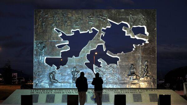 Monumento a los Caídos de Malvinas en Ushuaia - Sputnik Mundo