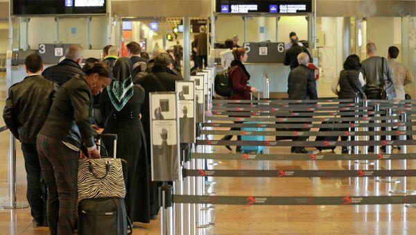 Aeropuerto internacional de Bruselas - Sputnik Mundo