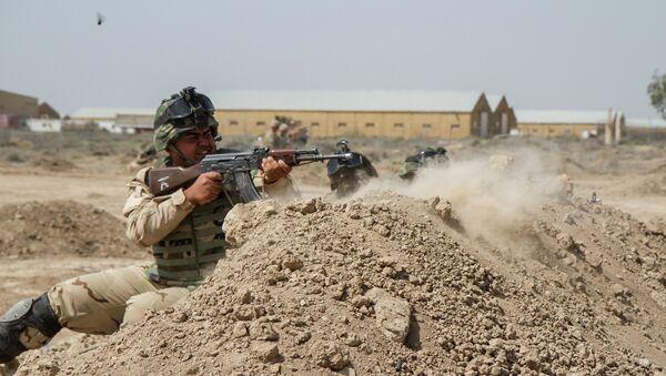 Un soldado iraquí (archivo) - Sputnik Mundo