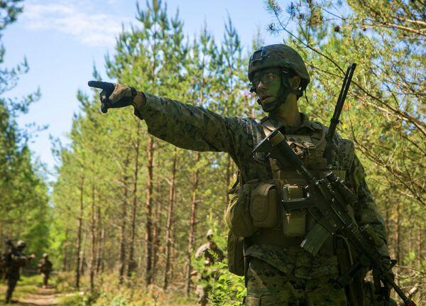Soldados de la OTAN en los ejercicios Saber Strike 2015 - Sputnik Mundo