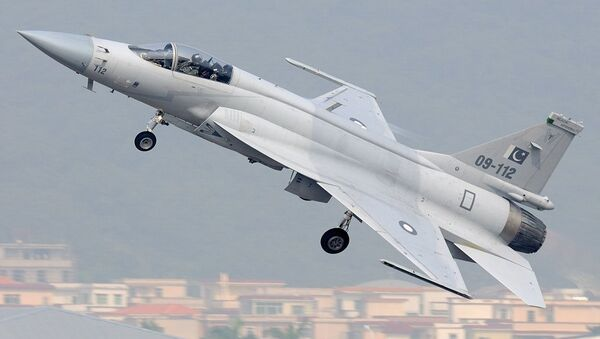 Pakistan Air Force Chengdu JF-17/Pulqui-111 - Sputnik Mundo