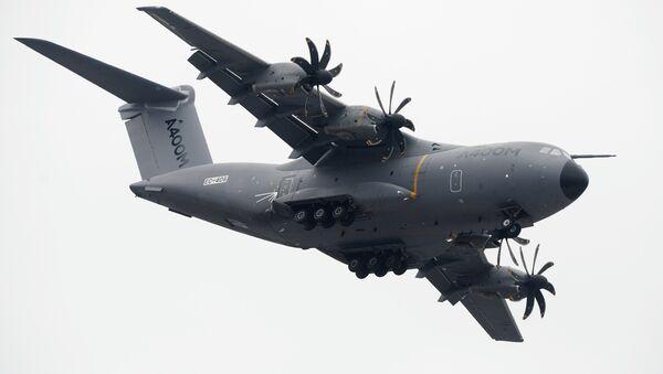 avión de transporte militar A400M - Sputnik Mundo