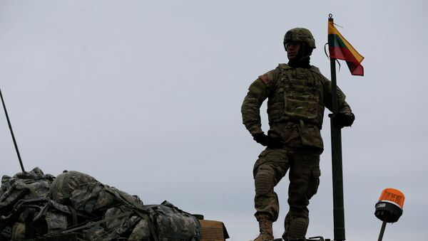 Lituania duplica en tres años su presupuesto en Defensa - Sputnik Mundo