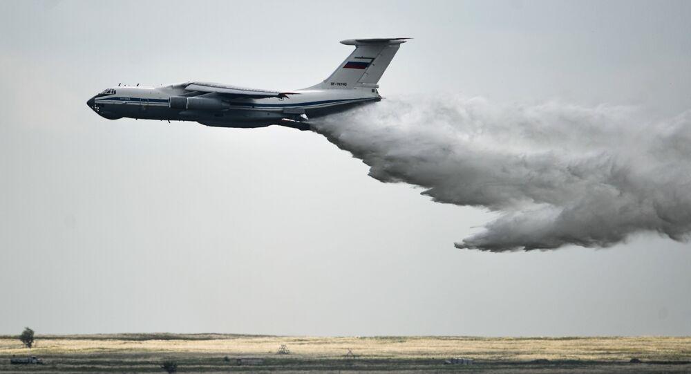 Avión Il-76 en acción