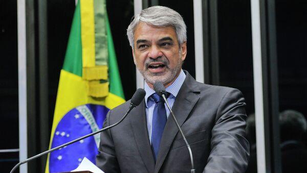 Humberto Costa, senador del Partido de los Trabajadores (PT) y suplente de la Comisión de Relaciones Exteriores del Senado Federal de Brasil - Sputnik Mundo