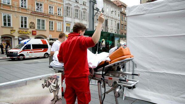 Camioneta arrolla a multitud en Austria: tres muertos y más de 30 heridos - Sputnik Mundo