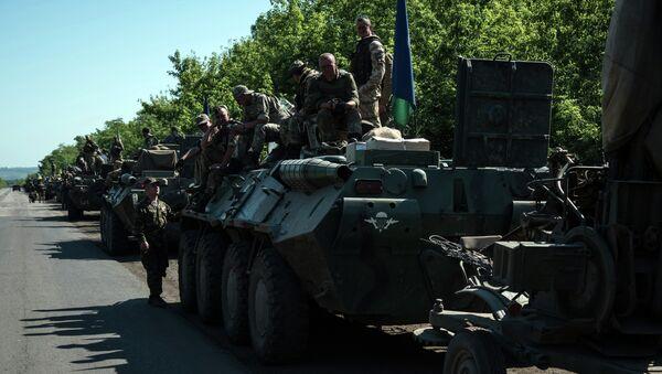 Colonna esercito ucraino nel Donbass - Sputnik Mundo
