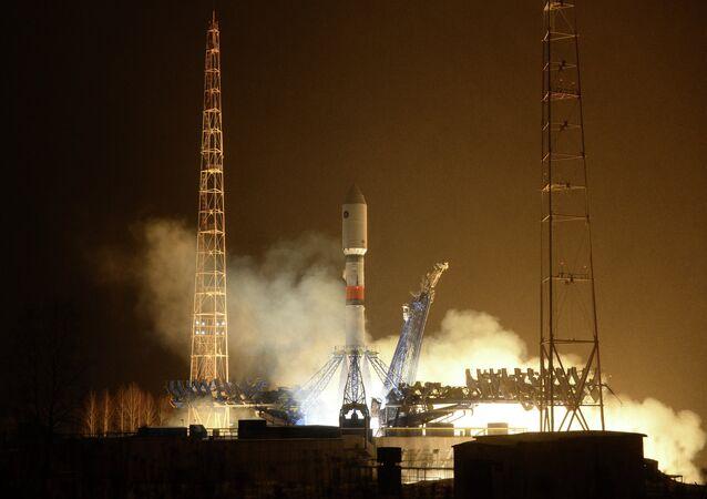 Lanzamiento del cohete ruso Soyuz-2.1b desde el cosmódromo de Plesetsk (archivo)