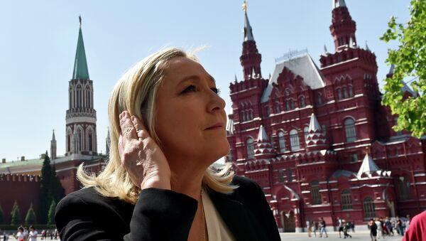 Marine le Pen en Moscú - Sputnik Mundo