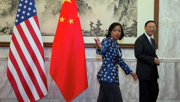 Consejera de seguridad nacional del presidente Obama, Susan Rice y miembro del Consejo de Estado chino, Yang Jiechi (Archivo) - Sputnik Mundo