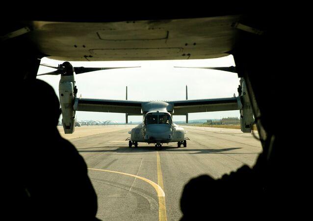 Avión militar de EEUU en la base de Morón de la Frontera