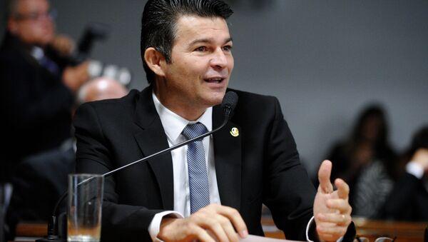 José Antonio Medeiros, senador brasileño - Sputnik Mundo