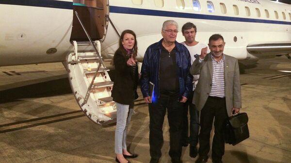 Vanessa Grazziotin, Roberto Requiao, Lindbergh Farias y Telmário Mota, senadores de Brasil - Sputnik Mundo
