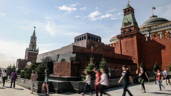 Mausoleo de Lenin en la Plaza Roja de Moscú - Sputnik Mundo