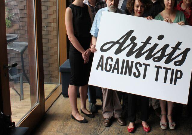 Artistas de Reino Unido lanzan su propia campaña contra el TTIP