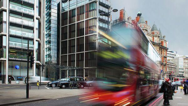 Calle de Knightsbridge en Londres, Inglaterra - Sputnik Mundo