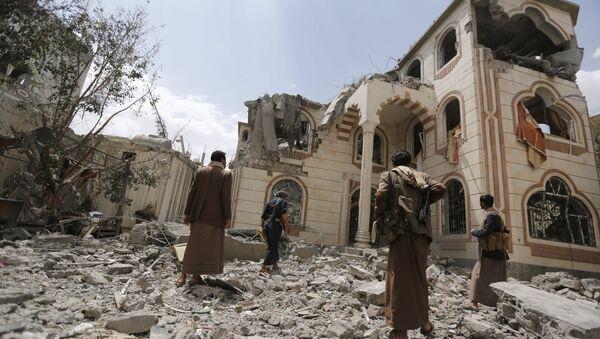 Situación en Saná después de los bombardeos - Sputnik Mundo
