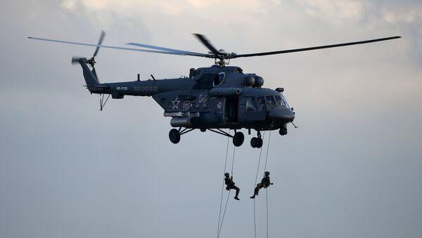 Helicóptero de transporte y combate Mi-8AMTSh (imagen referencial) - Sputnik Mundo