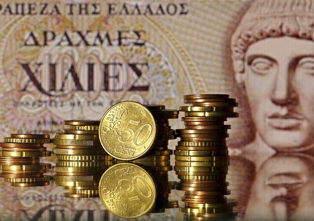 Europa aprueba entrega de 2.800 millones de euros a Grecia