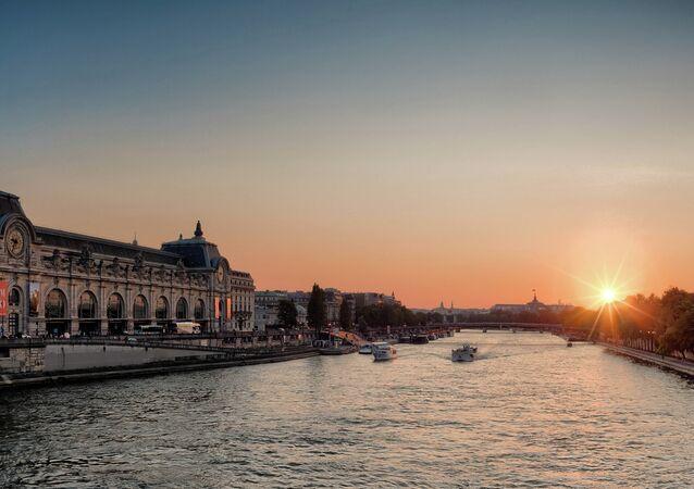 Río de Sena en Paris