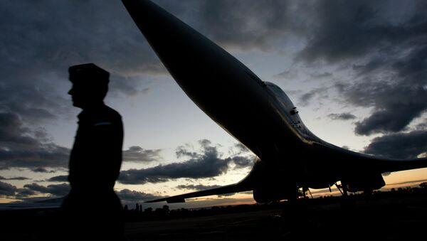 El bombardero estratégico Tu-160 - Sputnik Mundo