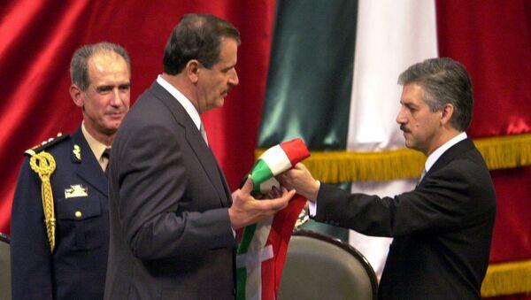 Inauguración del presidente de México, Vicente Fox - Sputnik Mundo